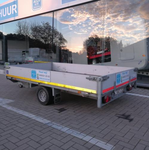 3m10 x 1m80 x 30 cm / 1500 kg / Multi trailer met oprijplaten.